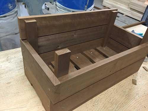 Fabriquer une jardinière en bois 8