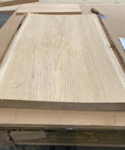 Planche chêne brut avec écorce